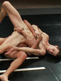 Gay Wrestling Pics