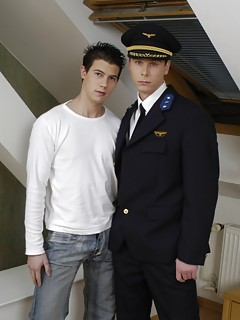 Gay Uniform Pics